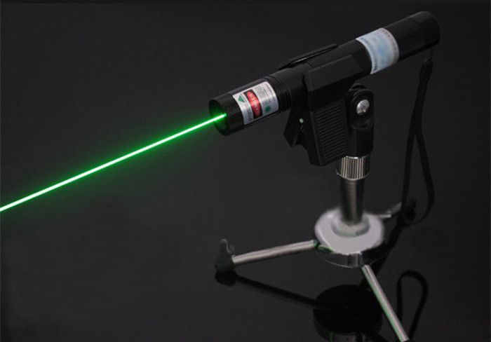 strong green laser