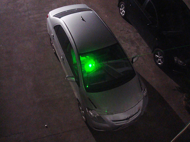 Green laser dot sight